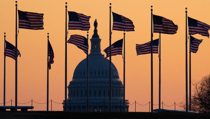 Новое «вмешательство»: сенаторы США требуют наказать Россию