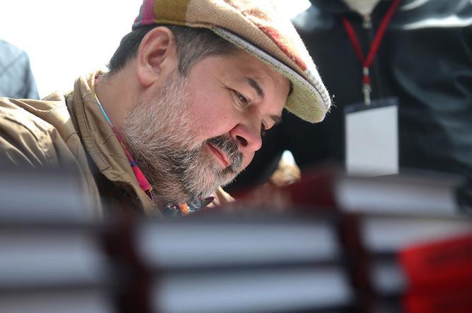 Сергей Лукьяненко на книжном фестивале «Красная площадь» в Москве, 2017 год