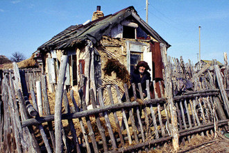 «Всем помочь не удастся»: как России побороть бедность
