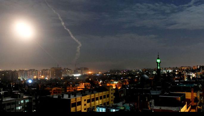 Атакуют на подступах: Сирия отбилась от ракет Израиля