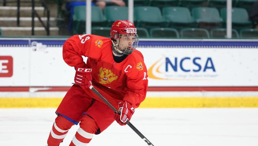 Капитан юниорской сборной России по хоккею Никита Чибриков