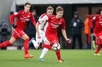 Денис Давыдов сыграл за «Спартак» после долгого перерыва
