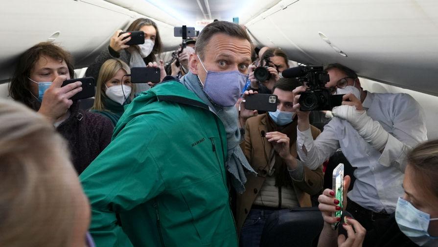 Объявленный в розыск еще в декабре Навальный задержан в Шереметьево