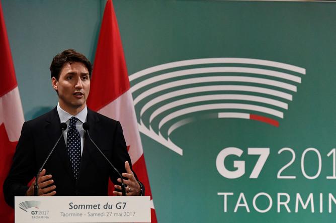 Премьер-министр Канады Джастин Трюдо дает пресс-конференцию по итогам саммита G7 в Таормине, Сицилия, Италия, 27 мая 2017 года