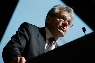 Директор Института прикладной физики РАН Александр Сергеев во время общего собрания академии, посвященного выборам нового президента, 25 сентября 2017 года