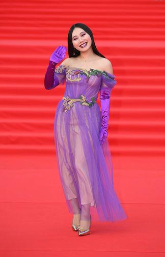 Певица Ян Гэ на открытии 41-го Московского Международного кинофестиваля, 18 апреля 2019 года