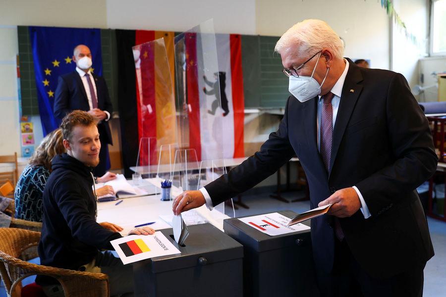Президент Германии Штайнмайер проголосовал РЅР°РІС‹Р±РѕСЂР°С… РІР'ундестаг