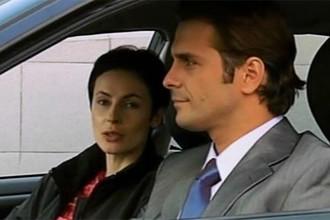 Кадр из сериала «Клетка» (2001)