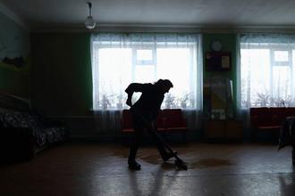 Психоневрологический диспансер в пригороде Славяносербска в Луганской области Украины на территории самопровозглашенной ЛНР, 1 декабря 2014 года