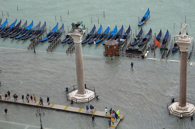 Вид на площадь Святого Марка в Венеции, 29 октября 2018 года