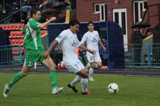 «Томь» и «Нефтехимик» забили семь мячей