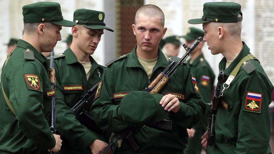 10 вопросов: командиры ответят за настроение солдат