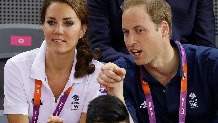 Летом 2012 года в Лондоне проходили Олимпийские игры, на которых Уильям и Кейт, разумеется, болели за британскую команду. В частности, герцоги Кембриджские горячо поддерживали велосипедистов, которые в итоге принесли королевству золото