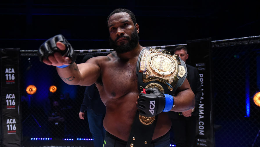 Боец MMA Тони Джонсон
