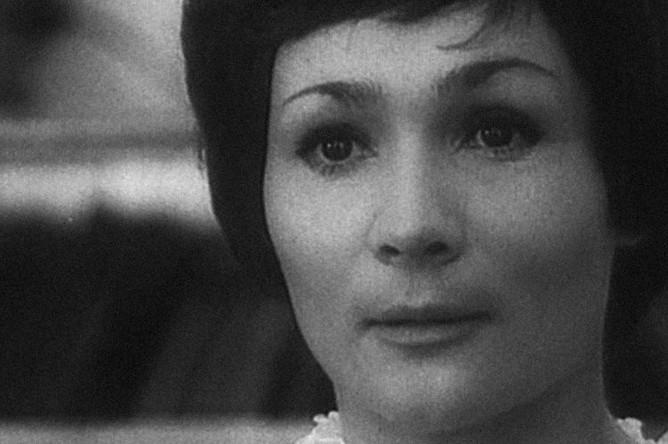 Зинаида Славина в фильме «Каждый вечер после работы» (1973)