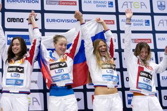 Радость российских девчонок, ставших победительницами в эстафете