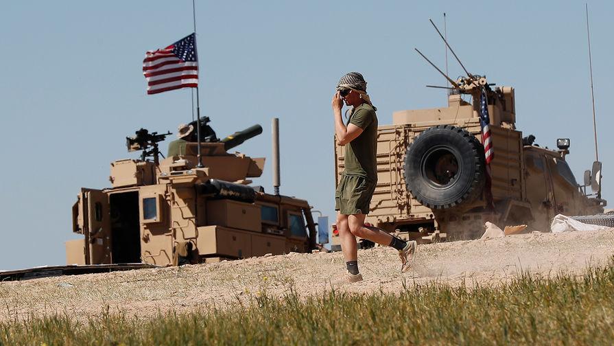 """Трамп одобрил расширение военной миссии США в Сирии для """"защиты нефти"""""""