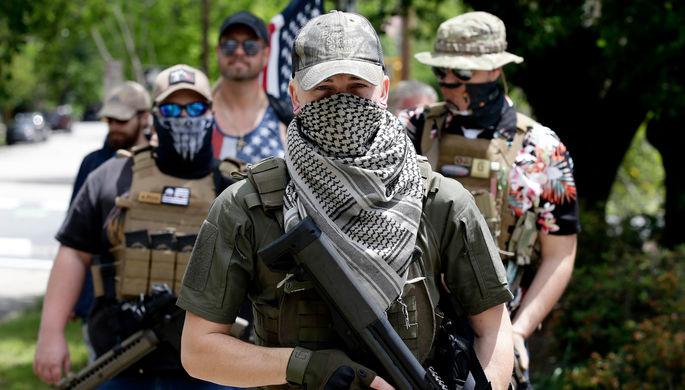 32 жертвы за выходные: что заставляет американцев браться за ружье