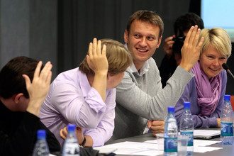 Алексей Навальный и Евгения Чирикова на заседании Координационного совета