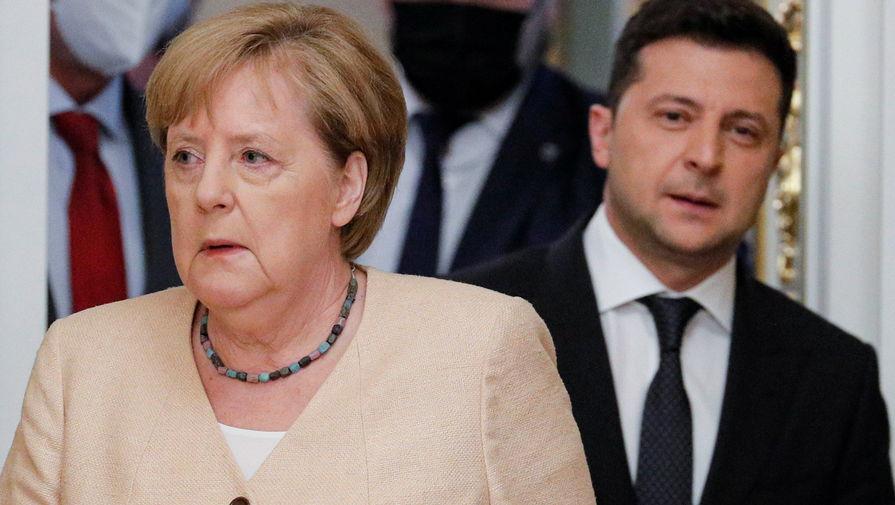 Канцлера Германии Меркель наградили орденом Свободы за поддержку суверенитета Украины