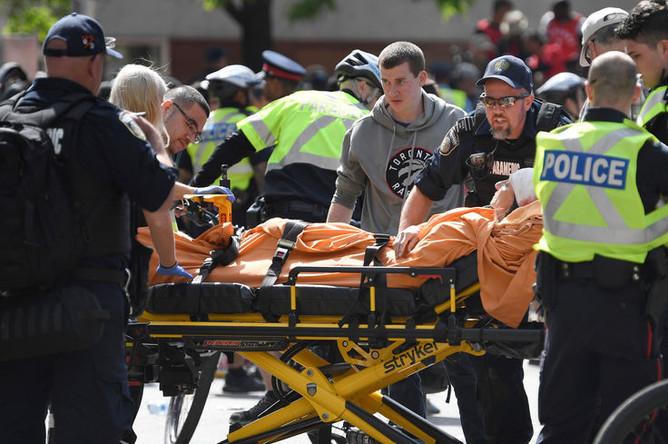 Во время чемпионского парада «Торонто» произошла стрельба