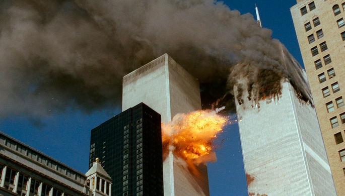 11 сентября 2001 года подготовленные «Аль-Каидой» террористы направили самолеты в башни-близнецы на...
