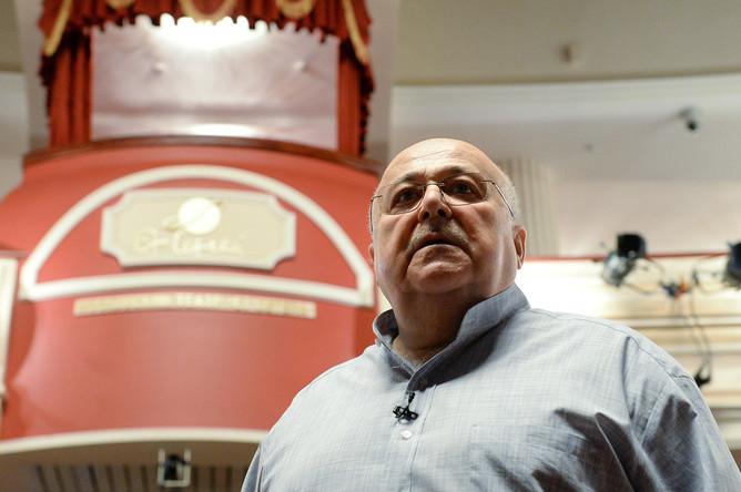 Художественный руководитель театра Et Cetera Александр Калягин во время сбора труппы театра, 2016 год