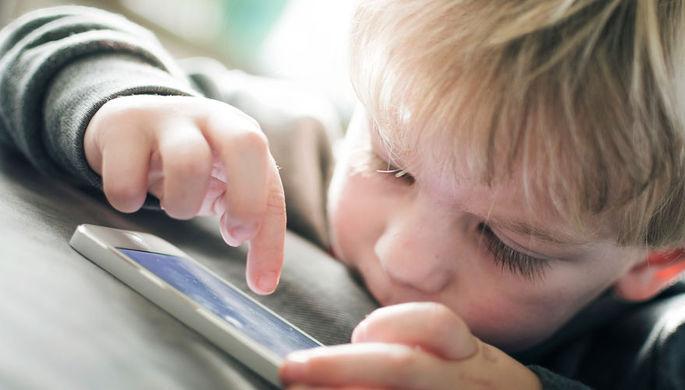 Депрессия и тревога: почему дети зависимы от смартфонов