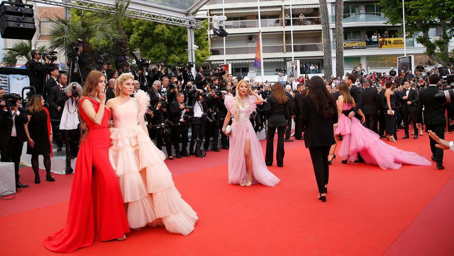 Во что оделись звезды для открытия 72-го Каннского кинофестиваля