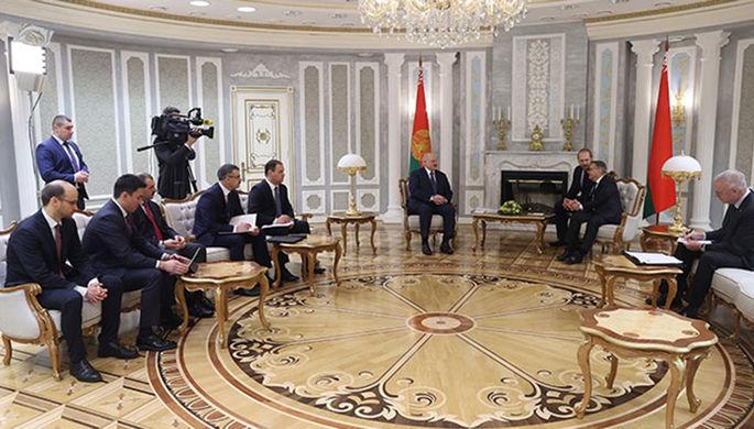 «Особо не паримся»: Лукашенко о возможном бойкоте ЧМ-2021 по хоккею