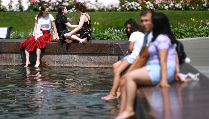 Синоптики ожидают в России жаркое лето и хорошую погоду на 9 Мая
