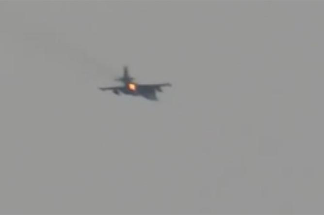 Скриншот видео сбитого Су-25 в Сирии