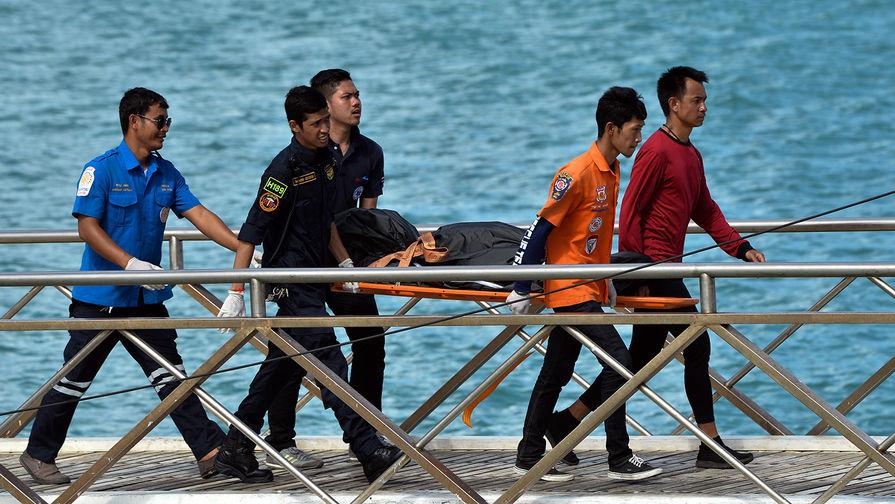 Спасатели выявили новую угрозу для детей, запертых в пещере в Таиланде
