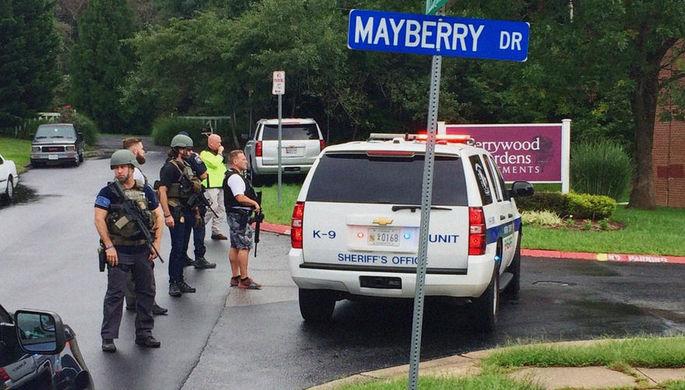 В США двух человек задержали после стрельбы в торговом центре
