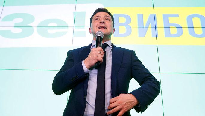 Кандидат в президенты Украины Владимир Зеленский после оглашения результатов первых экзитполов в штаб-квартире избирательной кампании в Киеве, 31 марта 2019 года