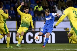 «Анжи» и АЗ играют в ответном матче 1/8 финала Лиги Европы