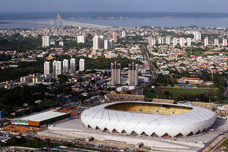Футбольный стадион «Арена Амазония» в Манаусе