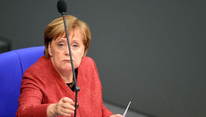 Канцлер ФРГ Ангела Меркель во время выступления Бундестаге, 12 декабря 2018 год