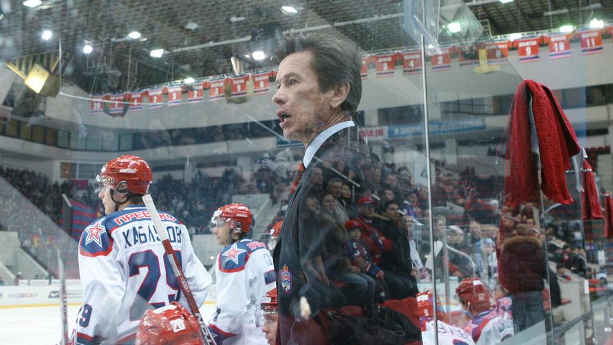 Главный тренер ЦСКА Вячеслав Быков во время матча между командами ЦСКА – «Динамо» (Москва), 2008 год
