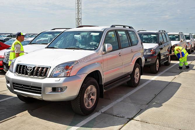 С 1 сентября растаможить машину в России можно будет, только заплатив утилизационный сбор