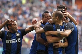 На «Сан-Сиро» во внутреннем чемпионате «Интер» начал побеждать, в еврокубках пока нет