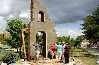 Строительство памятника жителям Крымска, погибшим от наводнения