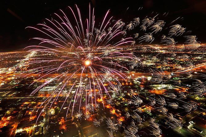 Праздничный фейерверк в Лас-Вегасе