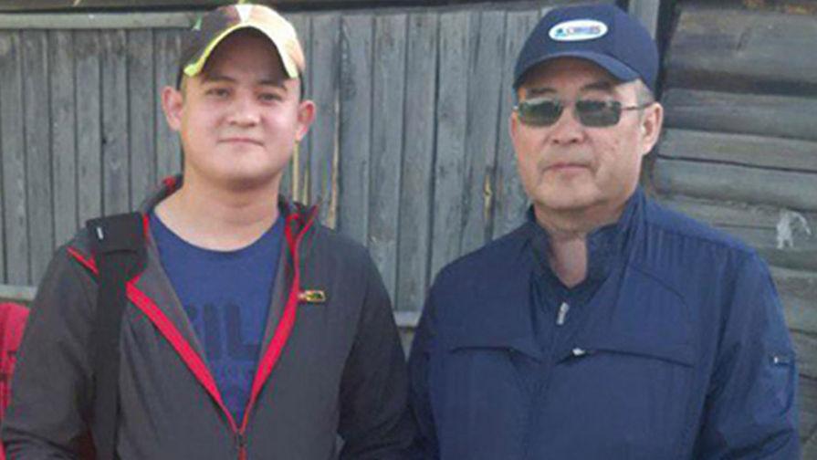 Рамиль Шамсутдинов (слева) с отцом