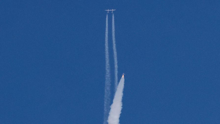 Эксперт рассказал, почему полет Брэнсона нельзя считать космическим