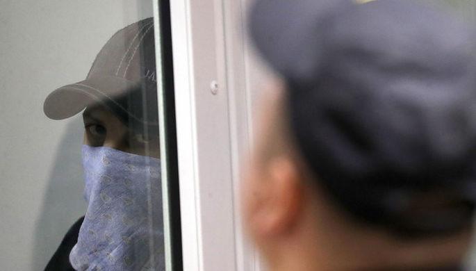 Один из членов банды GTA Шерозджон Кодиров во время оглашения приговора пятерым членам банды GTA...