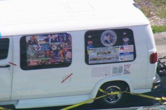 Автомобиль подозреваемого в рассылке взрывных устройств в США, 26 октября 2018 года (кадр из видео)