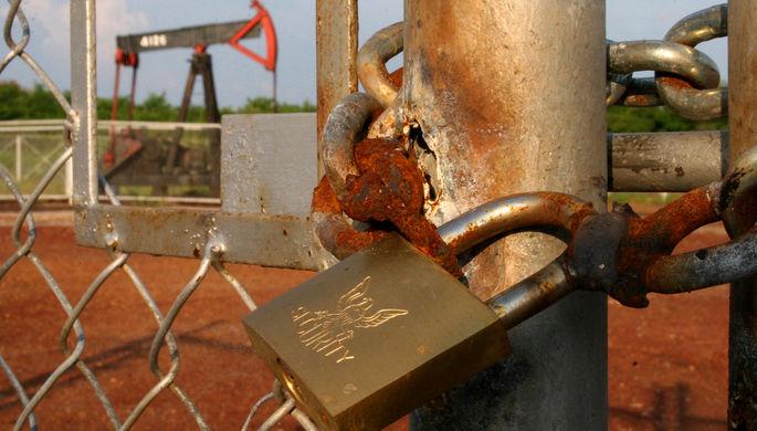 Экстренные меры: в ОПЕК дополнительно сокращают нефтедобычу