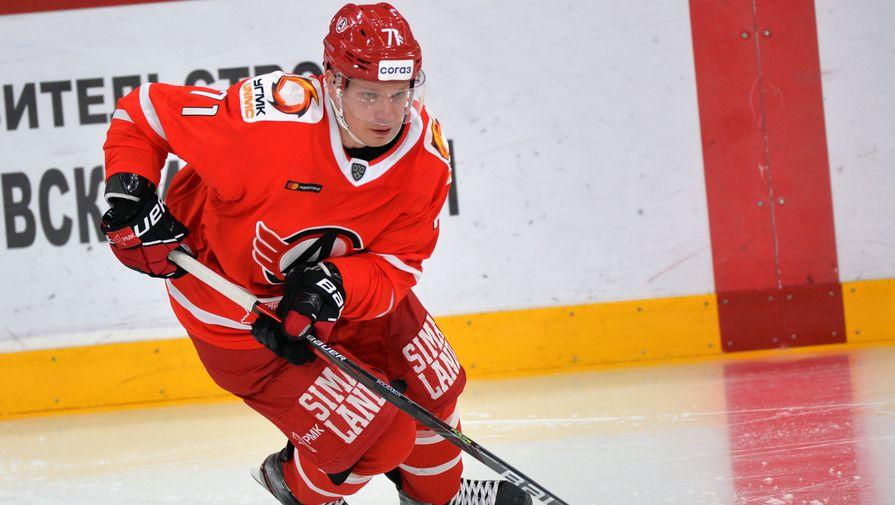 Игрок «Автомобилиста» Станислав Бочаров