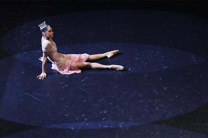 «История балерины»